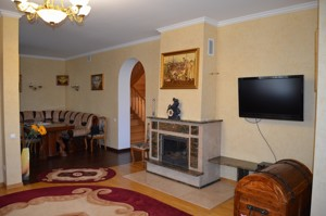 Дом Богатырская, Киев, Z-17833 - Фото 10