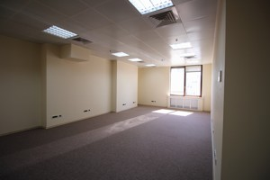 Office, Shevchenka Tarasa boulevard, Kyiv, R-30158 - Photo 3