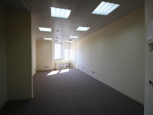 Office, Shevchenka Tarasa boulevard, Kyiv, R-30158 - Photo 4