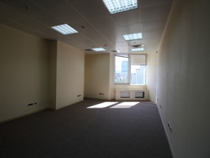 Office, Shevchenka Tarasa boulevard, Kyiv, R-30158 - Photo 5