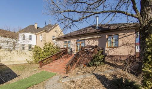 House, Z-332981