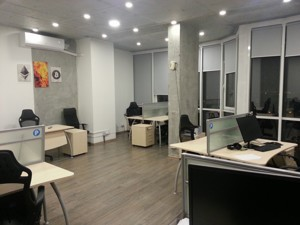 Office, Drahomyrova Mykhaila, Kyiv, D-35937 - Photo3