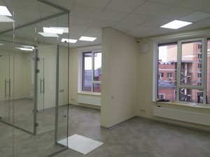 Офис, Тютюнника Василия (Барбюса Анри), Киев, P-29081 - Фото3