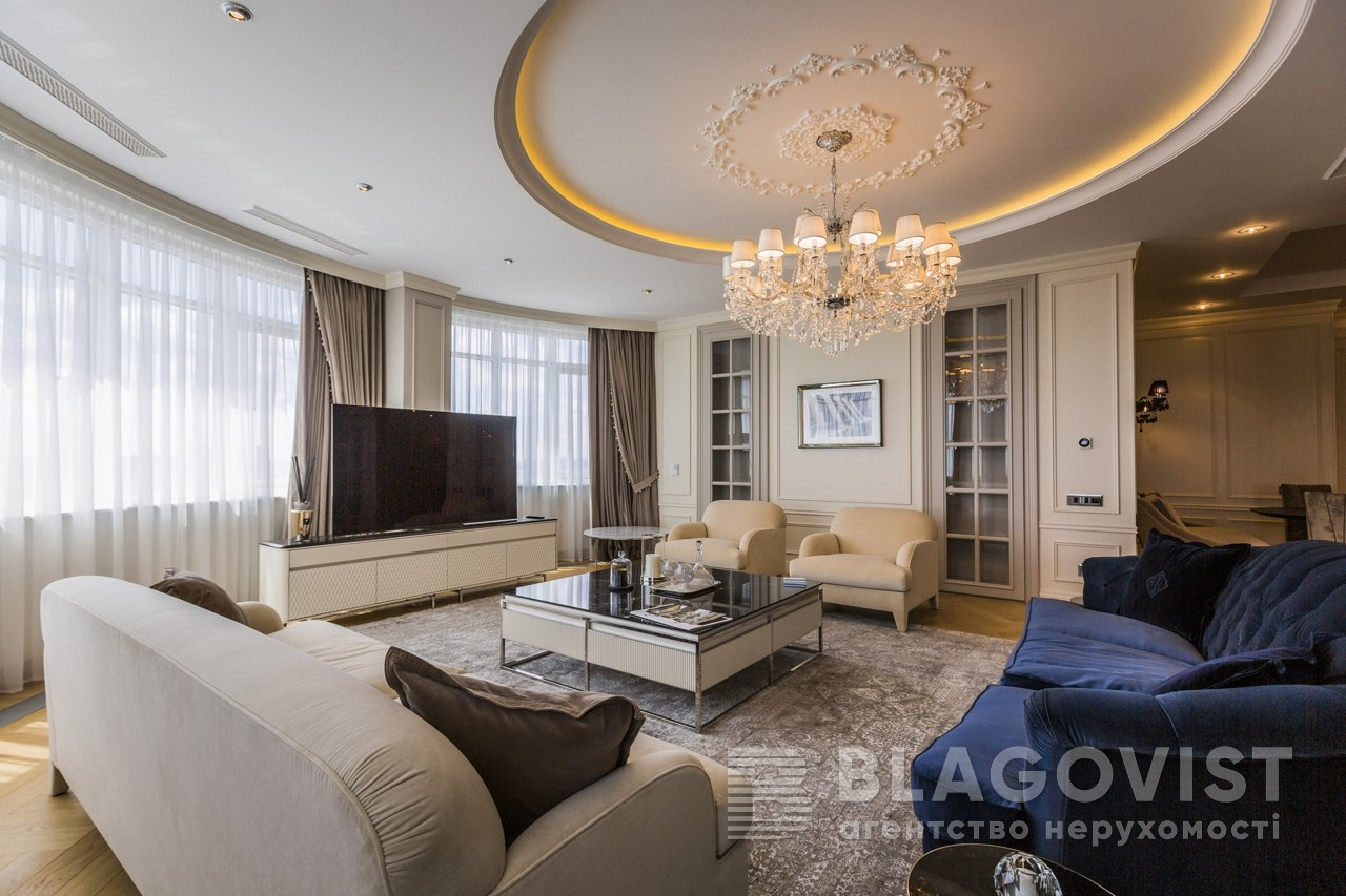 4-roomed Apartment for sale M-39243